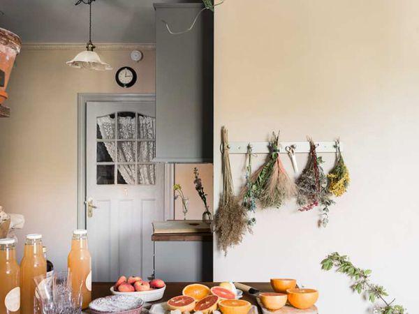 Romantisme et bohème dans un appartement suédois
