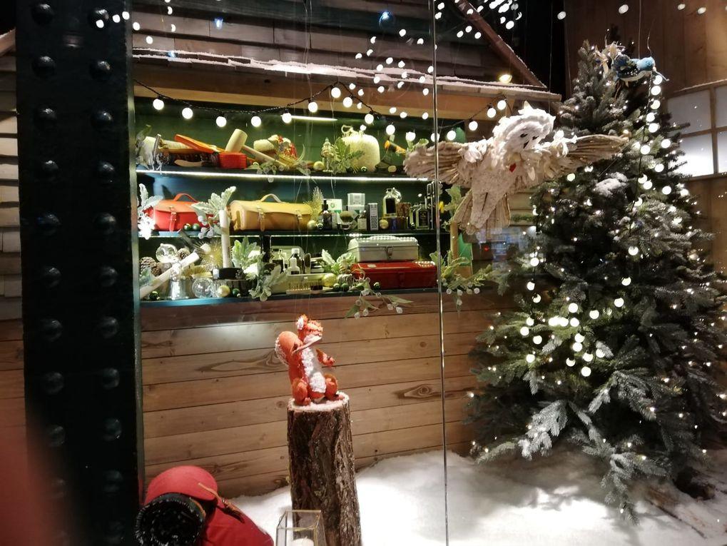 Tradition de Noël : Vitrines des Grands Magasins.
