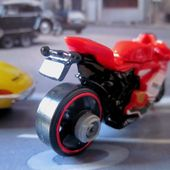 MOTO DUCATI 1199 PANIGALE HOT WHEELS 1/64. - car-collector.net