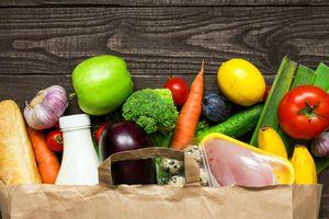 Vers une alimentation vegan/ Le flexitarisme... c'est conserver un peu de viande ou de volaille, mais encore ? (cantine bio de Manduel, dans le Gard)