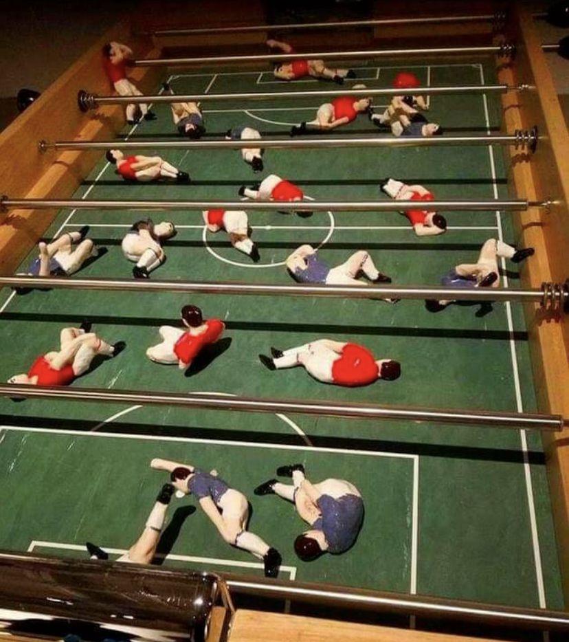 La Squadra Azzura de table