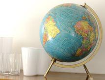 Globe terrestre tripode doré Années 60 - Vintage