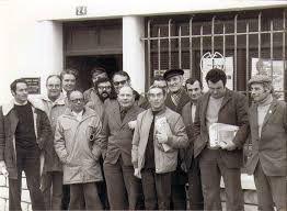 L'équipe de rédaction du Travailleur Bigouden dans les années 70 avec Jean Kervision, son rédacteur en chef