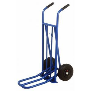 Hand Trolley vs dolly: What is the difference?