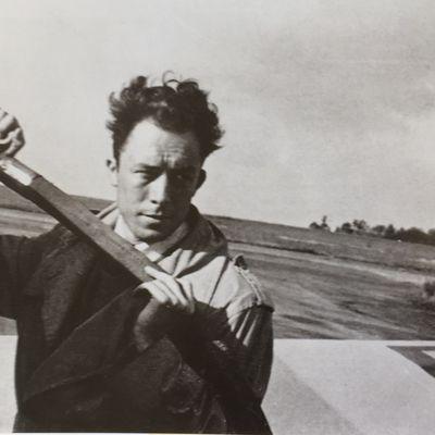 """Albert Camus, """"Nous autres meurtriers"""""""