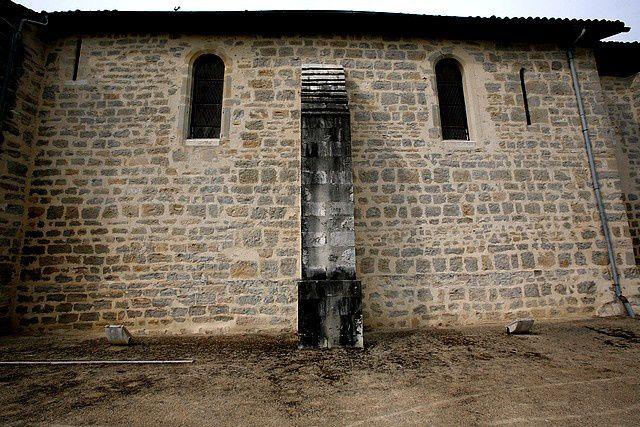 Diaporama église fortifiée de Labatut