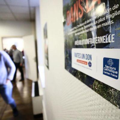 #FRANCE : PAUVRETE : 10 millions officiels en 2020 + chômage partiel 5,3 millions