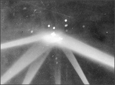 Ovni de Los Angeles (1942)