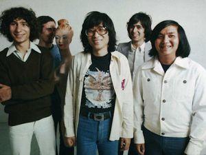 taï phong, un groupe français de rock progressif formé par les frères kanh mai et tai sinh avec un certain jean jacques goldman