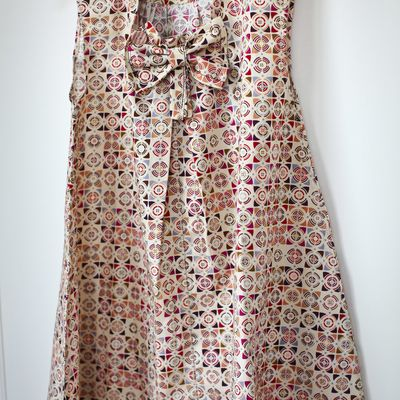 Seventies style dress for a three years old girl