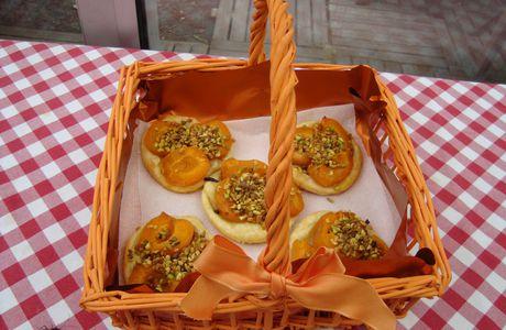 Croustades aux abricots éclats de pistaches