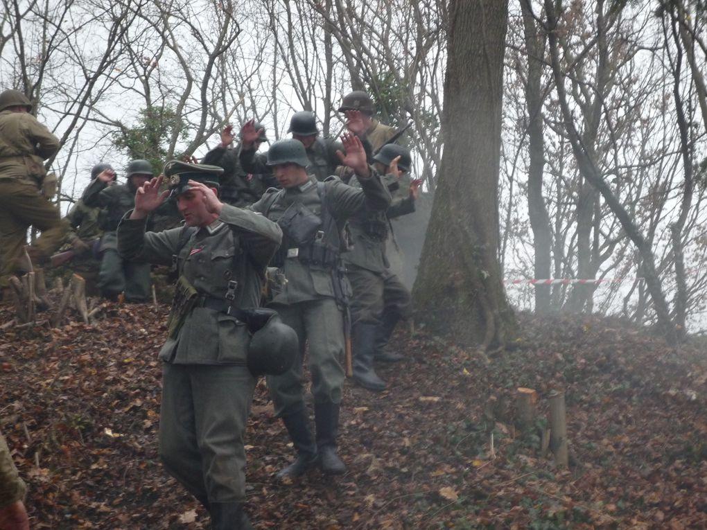 photo du combat organisé par notre association et avec l aimable participation du groupe westfront a l occasion du 65eme anniversaire de la libération de Pérouse.