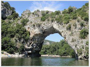 St André les Alpes  : Lou Roudoulet de Chamatte en Ardèche