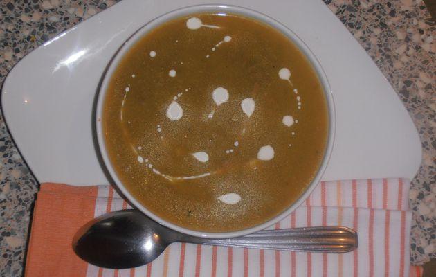 soupe poireaux pdt carottes...et viande hachée
