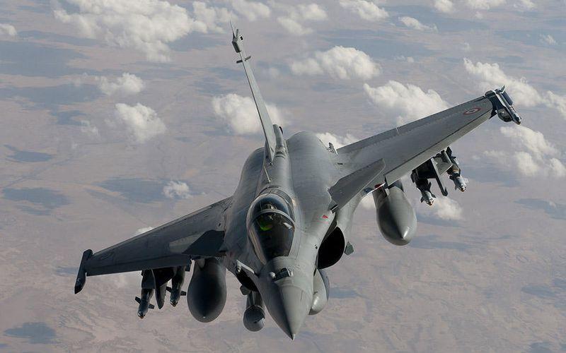 Le CEMAA a expliqué le pourquoi du faible taux de frappes aériennes en Irak