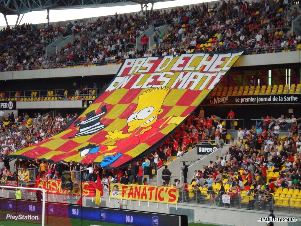 Match comptant pour la Ligue 2 et joué le 6 mai 2011 au Stade MMArena. Photos : Emilie Drouet.