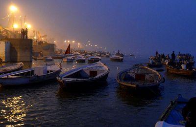 INDE : BENARES (Varanasi) (58)