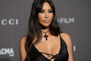 """Kim Kardashian traite son ex de """"menteur pathologique"""" après de nouvelles révélations sur sa vie sexuelle"""