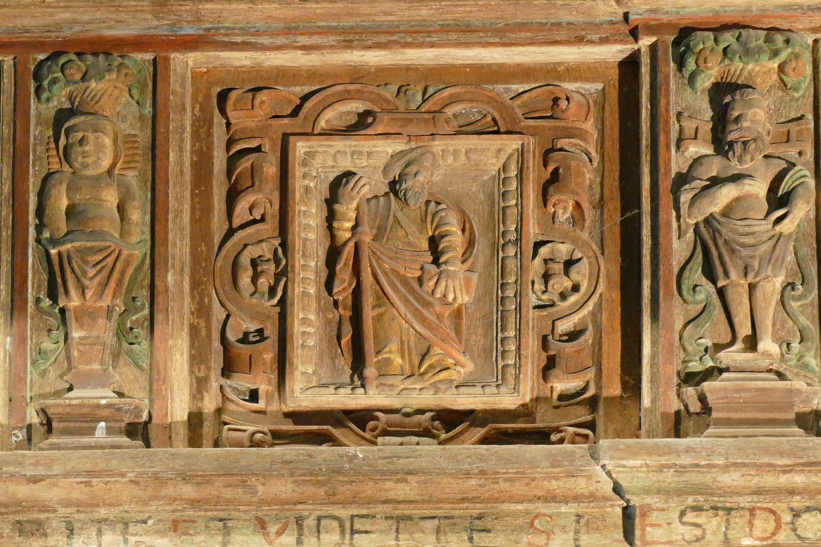 Clôture de chœur de la chapelle Saint-Herbot. Photographie lavieb-aile 4 août 2021.