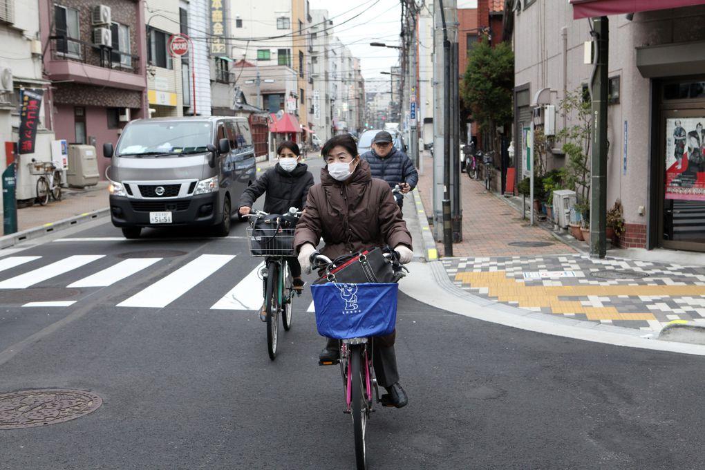 Tokyo en version touristique, le temps d'une escale avant de rejoindre Kanazawa. (Photos JB)