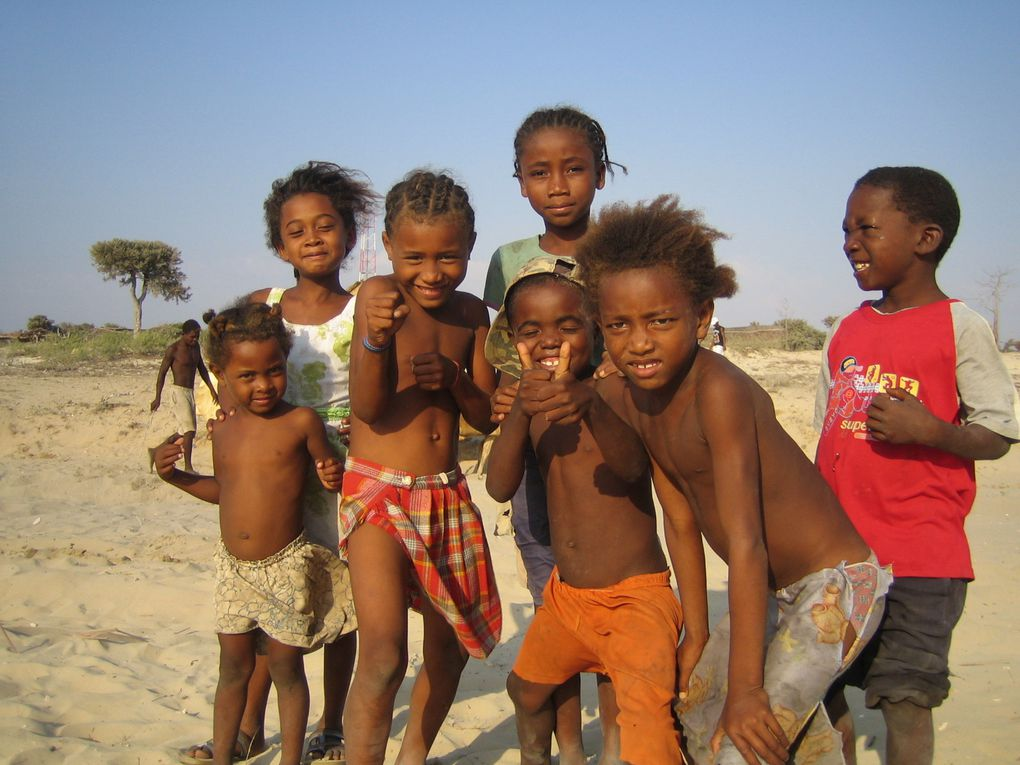Album - Enfants-de-Madagascar