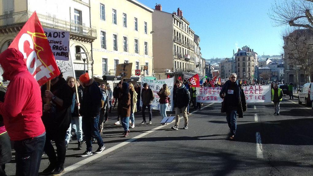 Gilets jaunes et syndicats: une jonction réussie au Puy le 5 février !