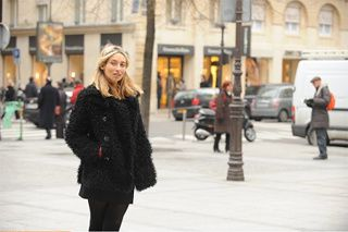 Des résumés de défilés de mode en clair sur Paris Première