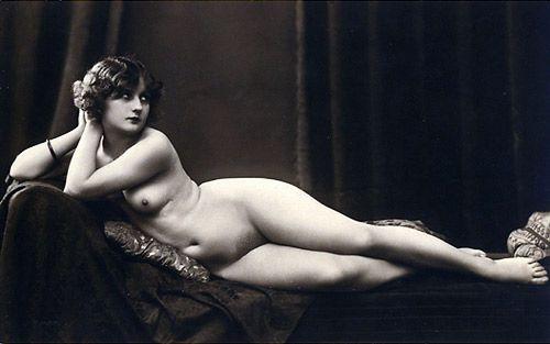 ©Julian Mandel (1872-1935), Public domain, via Wikimedia Commons