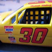 PONTIAC GRAND PRIX NASCAR 1993 MICHAEL WALTRIP QUARTZO 1/43. - car-collector.net