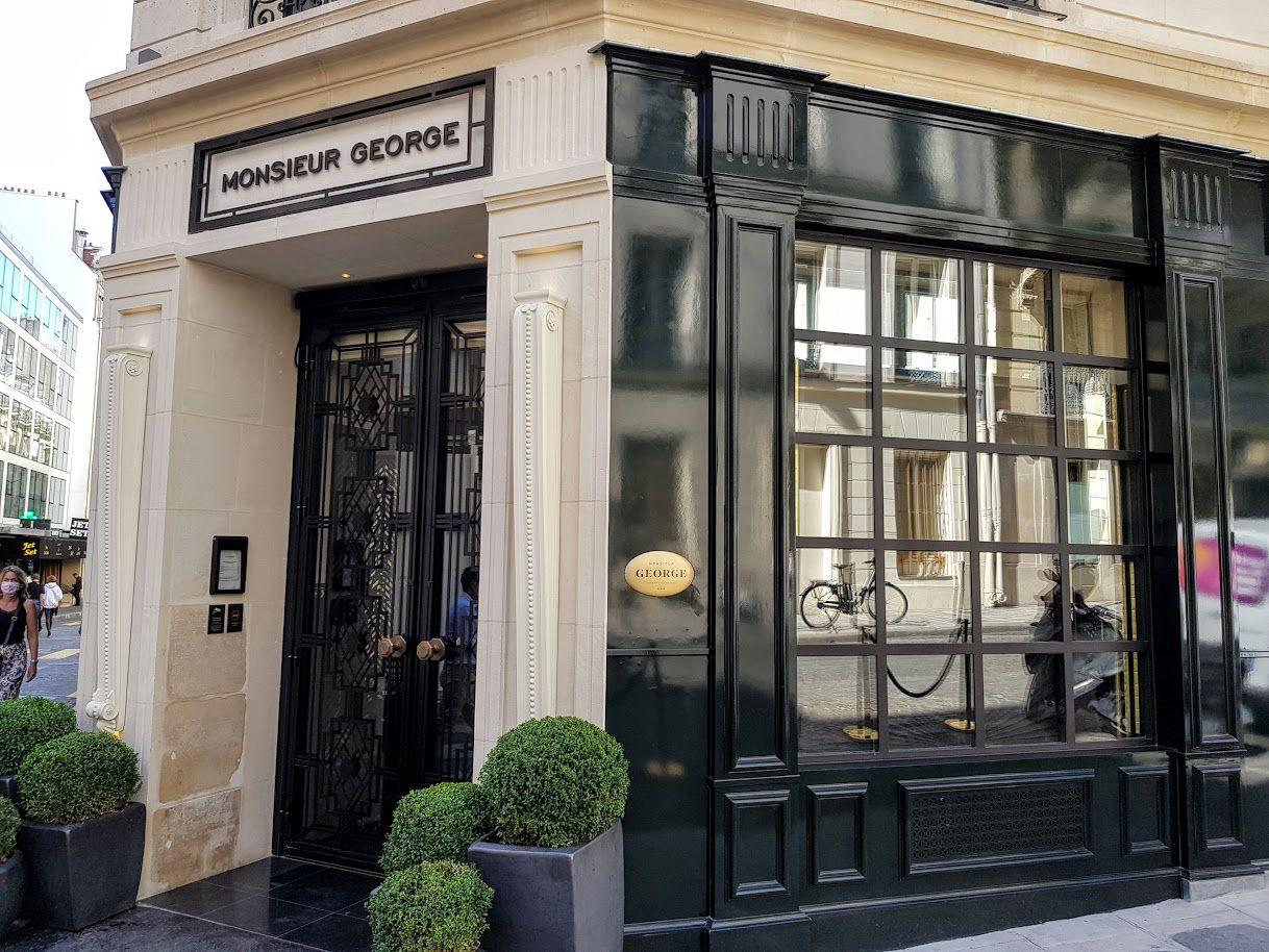 Galanga restaurant de l'Hôtel Monsieur George Paris 8 rue de Washington