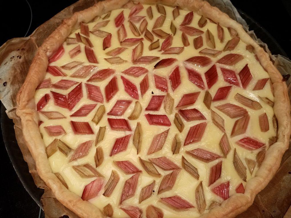 Tarte à la rhubarbe (crème pâtissière)