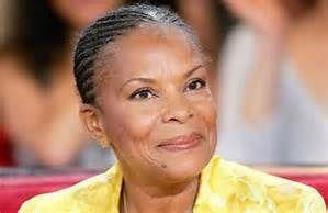 Madame Taubira , un petit bout de femme et un grand personnage qui peut nous réconcilier avec la politique ...