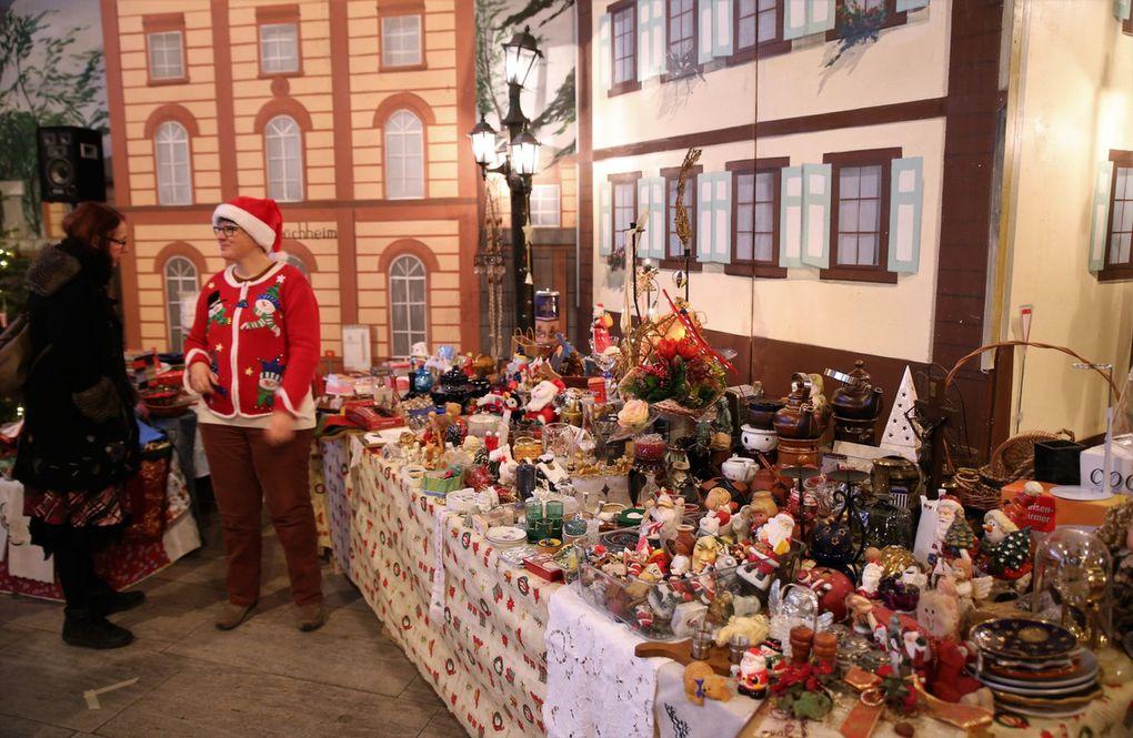 Veitshöchheimer Altortweihnacht Teil 5 - Erweitertes Angebot in der romantischen Dorfkulisse des großen HdB-Saals kommt sehr gut an - Weitere Attraktionen