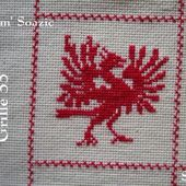 SAL : Plaid Broderie Rouge... Grille 33/A7 - Chez Mamigoz