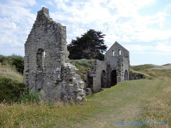 La chapelle Sainte - Anne, Ile de Batz, Bretagne en camping-car