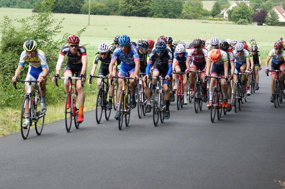 Les résultats des courses minimes et cadets de Boissets (78) et photos de la course cadets