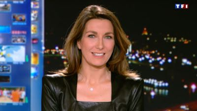 2012 12 30 - ANNE-CLAIRE COUDRAY - TF1 - LE 20H @20H00