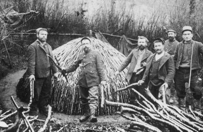 """Les """"immigrés"""" de Mauléon-Barousse : les charbonniers italiens dans les années 1920...."""