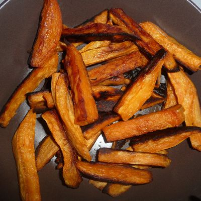 Patates douces roties au gingembre et à l'huile de noisette