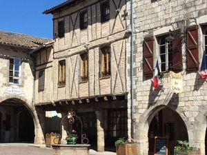 Le village classé de Castelnau-de-Montmiral