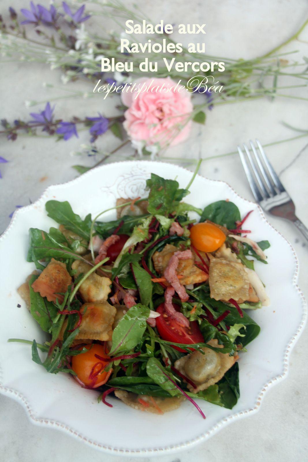 Salade aux ravioles au bleu du Vercors