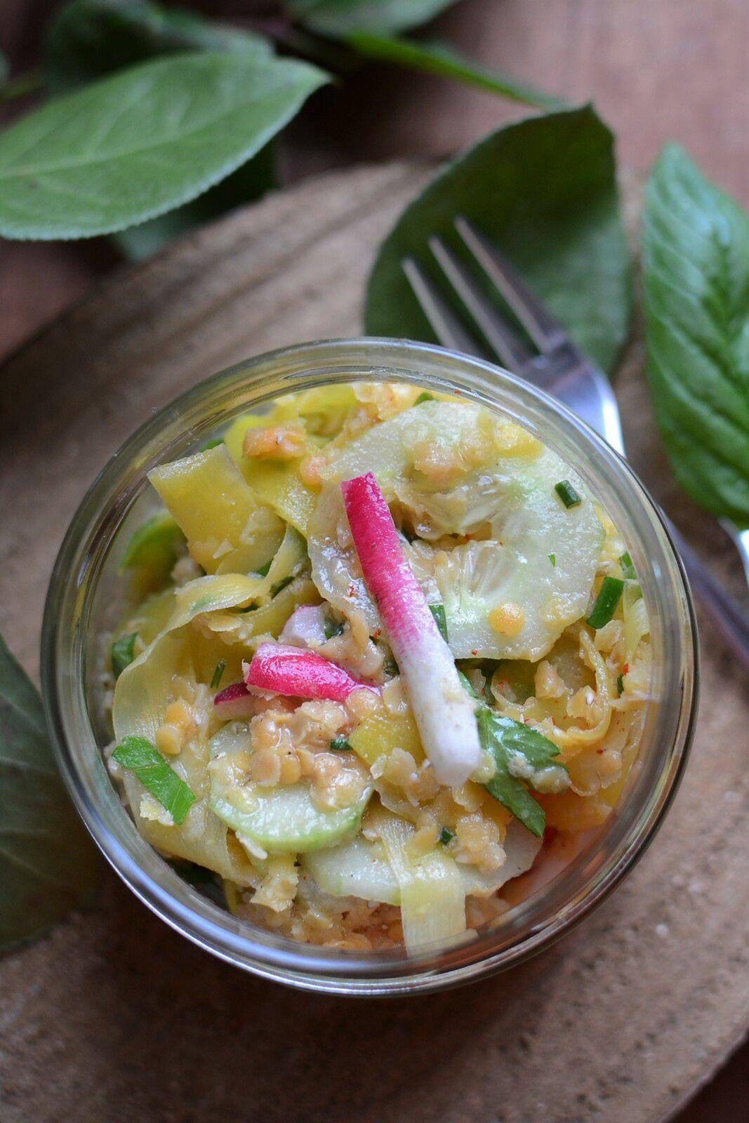 Salade lentilles corail carotte radis concombre - L'Epicerie en bocal