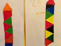 crayons en gommettes réalisés par des enfants de 4 ans