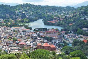 Kandy (1) ... Plaisirs autour du lac artificiel de Kandy