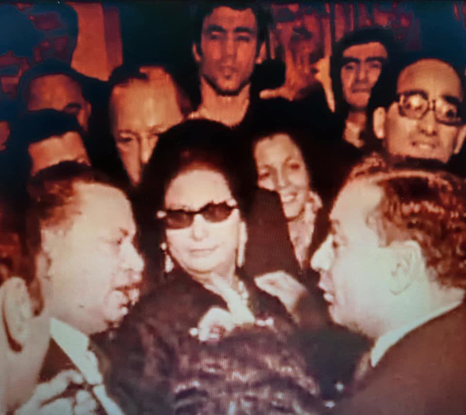 «Oum KALSOUM (1898-1975), l'Etoile d'Orient, la Voix des Arabes, une Diva égyptienne nationaliste» par Amadou Bal BA - http://baamadou.over-blog.fr/