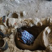 2,400-year-old pithos burial unearthed in ancient Greek city of Antandros
