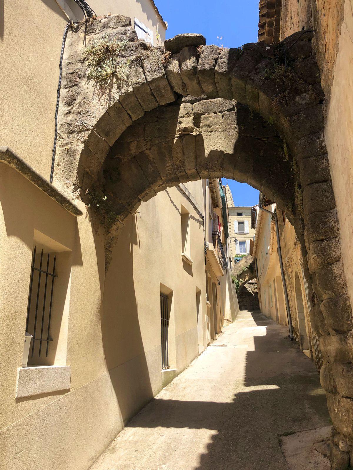Saint-Quentin-la-Poterie dans le Gard