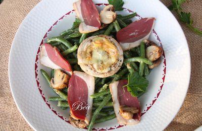 Salade de haricots verts aux deux champignons et magret fumé