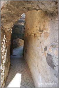 Vieilles maisons et insolites à Boudes