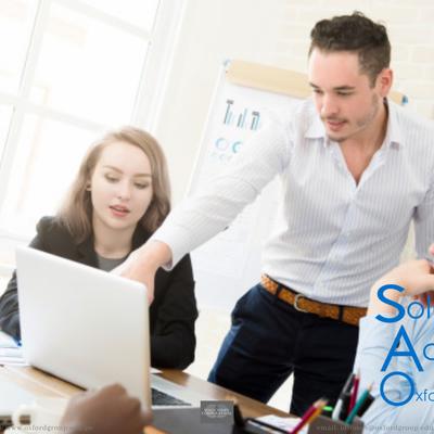 Asesoría de Tesis en línea, dirigida a egresados de programas académicos de pregrado y posgrado Soluciones Académicas Oxford Group